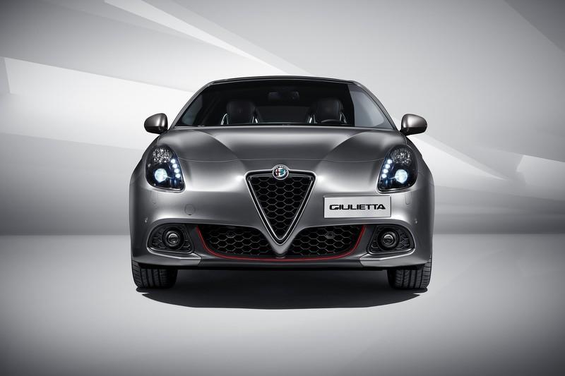 Alfa Romeo Giulietta bản nâng cấp cung cấp nhiều tùy chọn động cơ - 1