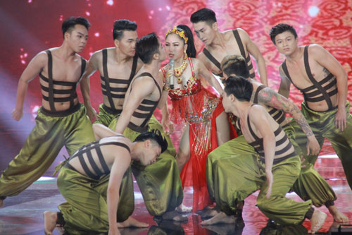 Noo Phước Thịnh chịu chơi nhất chung kết The Remix 2016 - 8