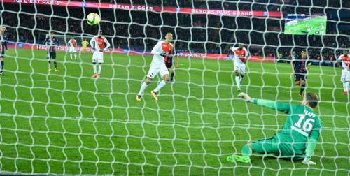 PSG - Monaco: Tân vương mải mê tiệc - 1