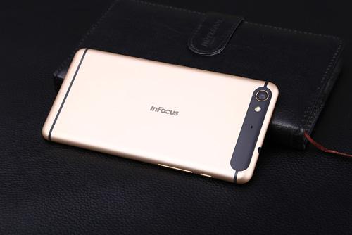 Top smartphone cấu hình cao giá rẻ đáng mua tháng 3 - 1