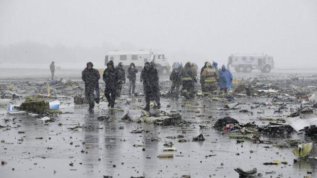 2 ngày sau vụ Boeing rơi: Sợ hãi nhìn danh sách tử nạn - 5