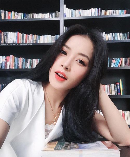 Chi Pu khoe clip đáng yêu khi bập bẹ nói tiếng Hàn - 1