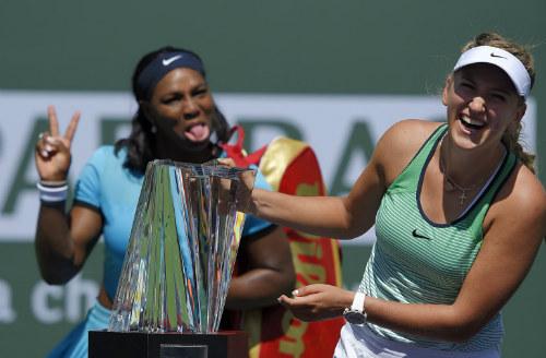 """Vô địch Indian Wells, Azarenka biết ơn """"bại tướng"""" Serena - 2"""
