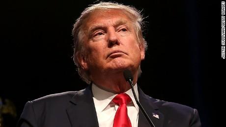 Thư kèm bột trắng đe dọa gia đình Donald Trump - 4
