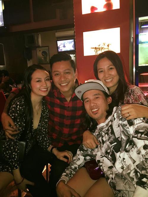Facebook sao 21.3: Elly Trần trổ tài mẹ đảm - 9