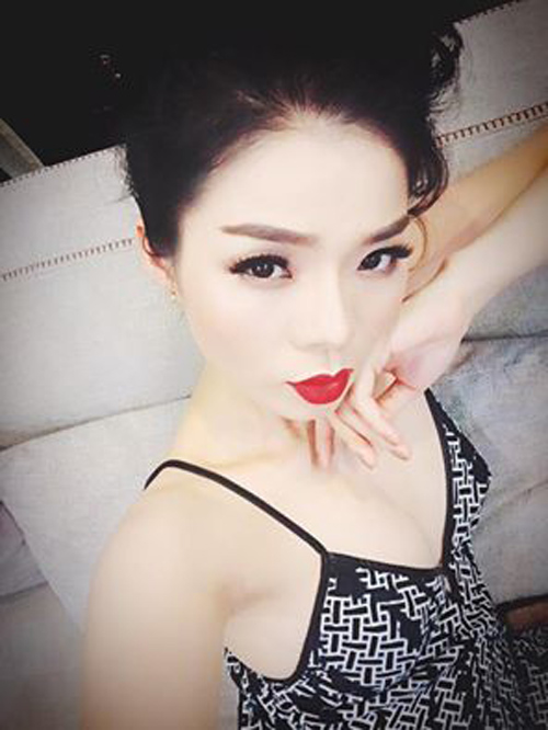 Facebook sao 21.3: Elly Trần trổ tài mẹ đảm - 12