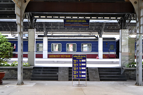 Cầu Ghềnh sập, hành khách lũ lượt trả vé ở ga Sài Gòn - 11