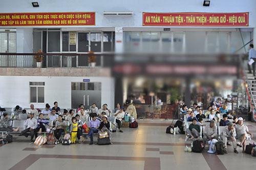 Cầu Ghềnh sập, hành khách lũ lượt trả vé ở ga Sài Gòn - 4