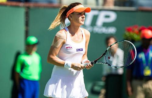 BXH tennis 21/3: Hoa khôi Ba Lan dưới 1 người trên vạn người - 1