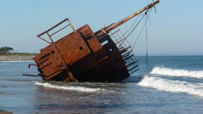 """Khám phá """"nghĩa địa của Đại Tây Dương"""" - 2"""