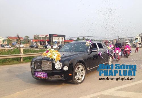 Cận cảnh dàn xe siêu sang tại đám cưới làng ở Hà Tĩnh - 4