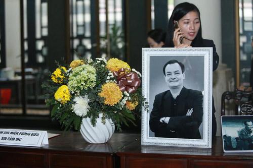 """Lễ tang nhạc sĩ Thanh Tùng: """"Tiễn bố về với mẹ, chào bố"""" - 32"""