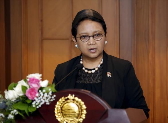 Indonesia tức giận bắt giữ 8 ngư dân Trung Quốc - 1