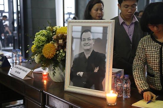 Em vợ nhạc sĩ Thanh Tùng khóc nấc khi nói về anh rể - 2