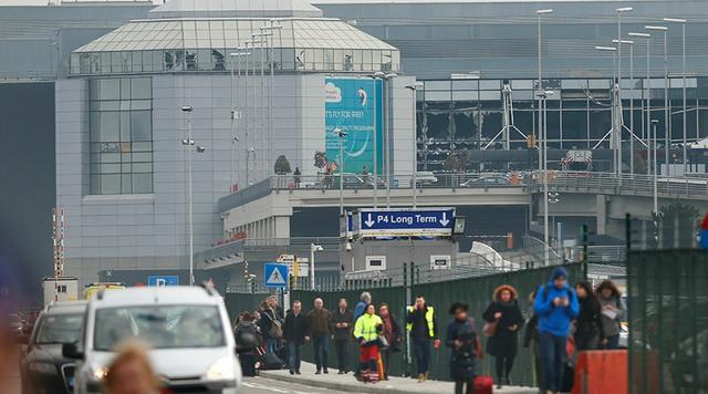 Ảnh: Hiện trường đẫm máu vụ khủng bố liên hoàn ở Bỉ - 7