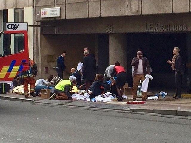 Ảnh: Hiện trường đẫm máu vụ khủng bố liên hoàn ở Bỉ - 8