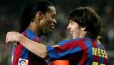 """""""Phù thủy"""" Ronaldinho - Messi: Ai mới là """"Vua"""" ở Barca?"""