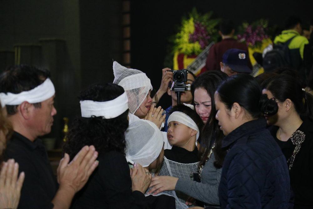 Đám tang Trần Lập: Hoàn thành tâm nguyện người ra đi - 43