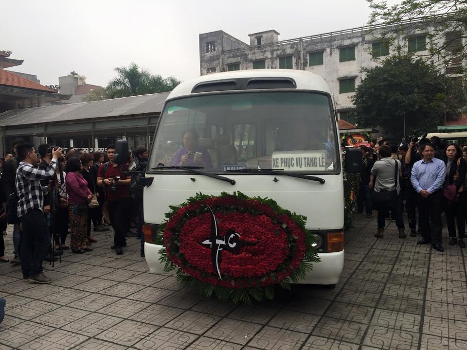 Video hình ảnh trực tiếp lễ tang Trần Lập - 5