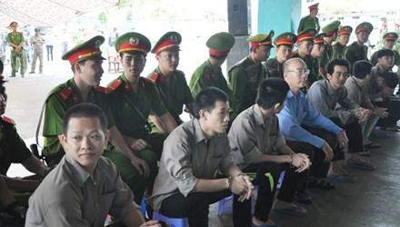 Gần 100 cảnh sát bảo vệ phiên tòa xử giang hồ Phú Quốc - 1