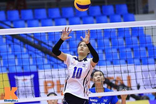 Hot-girl bóng chuyền Linh Chi xả thân cứu nguy - 1