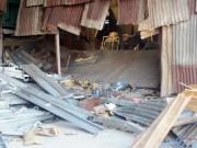 Video An ninh - Sập gác chứa hàng tại TP.HCM, 2 người bị đè chết