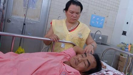 Bộ trưởng Y tế yêu cầu miễn viện phí cho ông Nén - 1