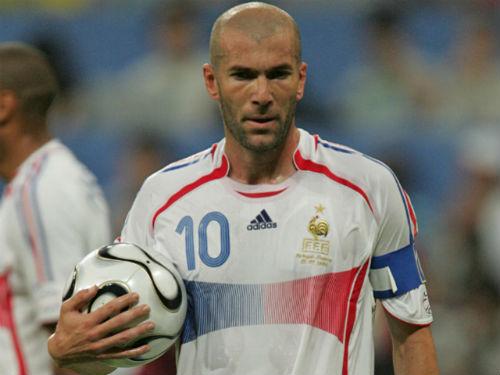 100 cầu thủ hay nhất châu Âu: Rooney trên trình Zidane - 1