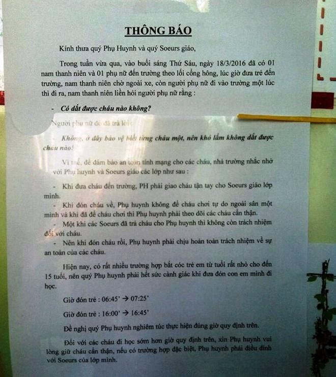 TPHCM: Trường học tự cảnh báo nạn bắt cóc học sinh với phụ huynh - 1