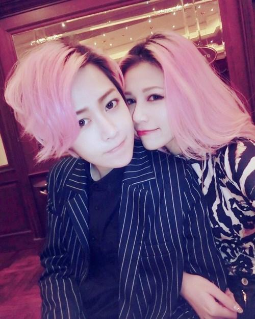 Ngắm cặp đôi đồng tính nữ hot nhất Đài Loan - 11