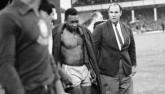 Messi đọ huyền thoại: Pele chịu khổ để Messi thăng hoa (P2)