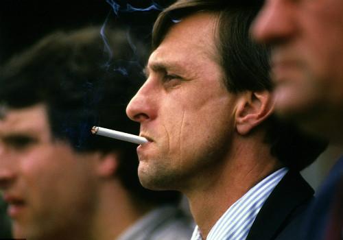 """""""Thánh"""" Cruyff: Bất tử trong lòng fan bóng đá đẹp - 10"""