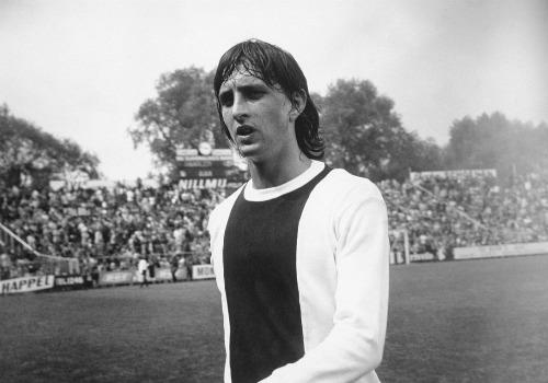"""""""Thánh"""" Cruyff: Bất tử trong lòng fan bóng đá đẹp - 3"""