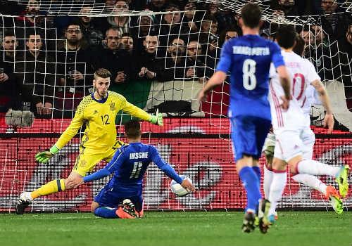 """Italia - Tây Ban Nha: Đối thủ """"kị dơ"""" - 1"""