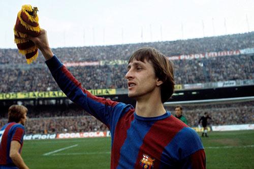Tri ân Johan Cruyff, Barca tính đổi tên sân Nou Camp - 1