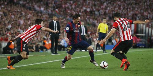 Messi đọ huyền thoại: Tỏa sáng nhờ hậu vệ xuống cấp (P4) - 1