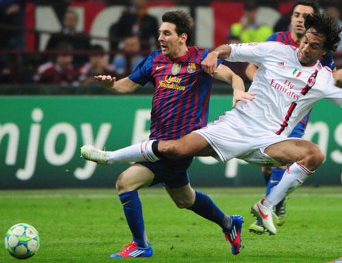 Messi đọ huyền thoại: Tỏa sáng nhờ hậu vệ xuống cấp (P4) - 2