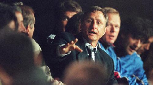 """""""Thánh"""" Cruyff & 2 Dream Team vĩ đại, 1 Messi thiên tài - 2"""
