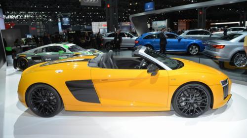 Audi R8 Spyder V10 tiếp tục sử dụng công nghệ mui vải mềm - 4