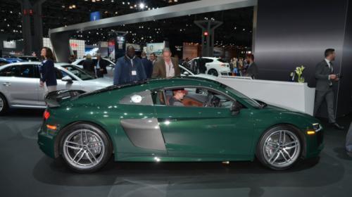 Audi R8 Spyder V10 tiếp tục sử dụng công nghệ mui vải mềm - 6