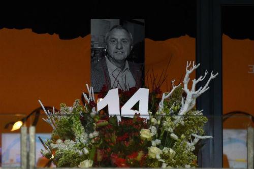 Phút 14 của nghẹn ngào và tiếc nuối về Cruyff - 2