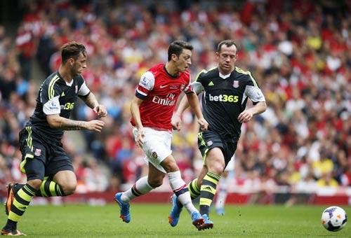 Báo Đức: Arsenal không xứng để Ozil phục vụ - 1