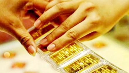 Cuối tuần, thị trường vàng và USD trầm lắng - 1