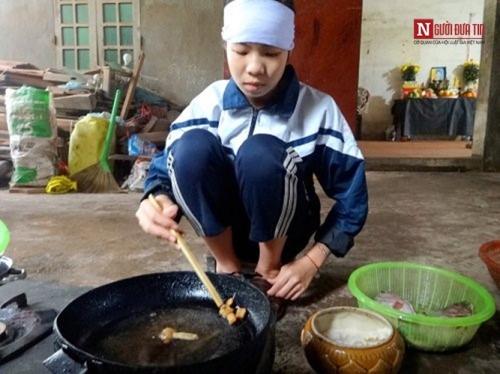 Những bữa cơm đẫm nước mắt của 6 đứa con mồ côi - 3