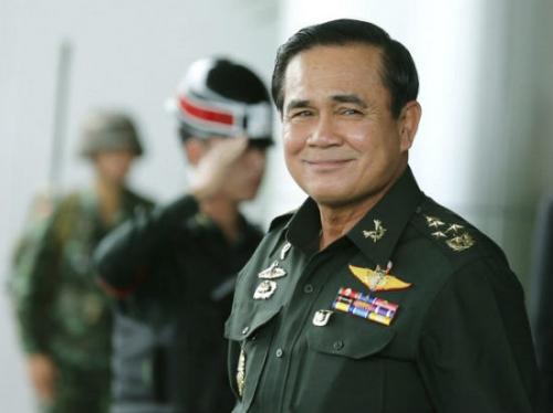 """Vì sao Thủ tướng Thái muốn gặp mỹ nam """"Hậu duệ""""? - 1"""