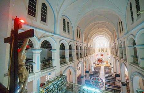 """Bí mật ngôi nhà thờ cổ trên """"đất vàng"""" giữa Sài Gòn - 4"""
