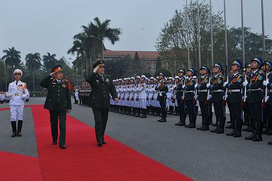 Bộ trưởng Quốc phòng Việt - Trung trao đổi về tranh chấp trên biển - 1