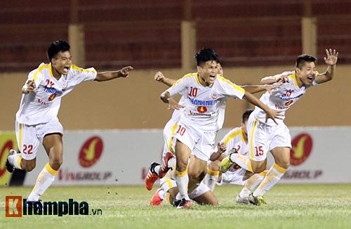 U19 QG: Derby kịch tính, đội bóng bầu Hiển lên ngôi - 5