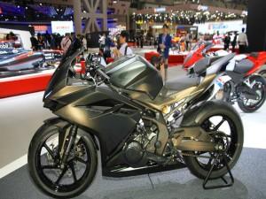 Honda CBR250RR chốt ngày lên kệ, Yamaha R25 thêm đối thủ