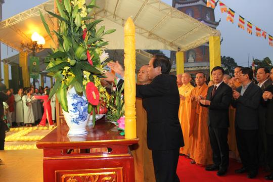 Tượng Phật ngọc lớn nhất thế giới đến Quảng Bình - 4